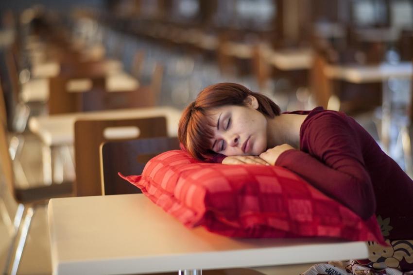 Photo of Американські вчені з'ясували, яким чином сон «промиває мозок людини