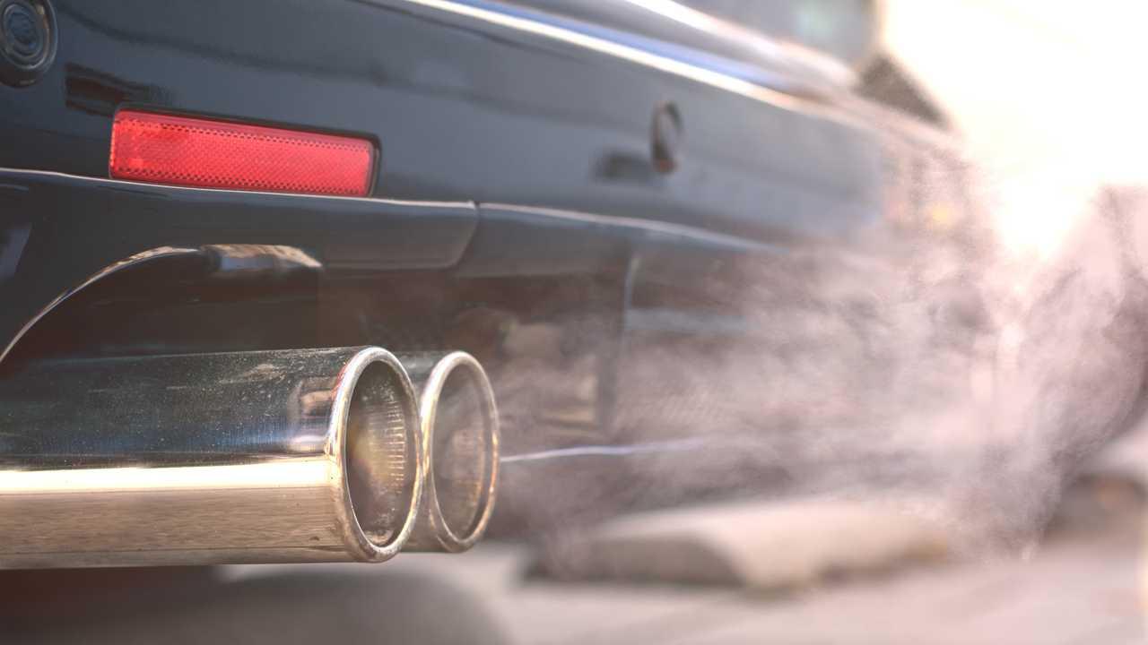 Photo of Великобританія заборонить продаж гібридних і бензинових автомобілів з 2035 року