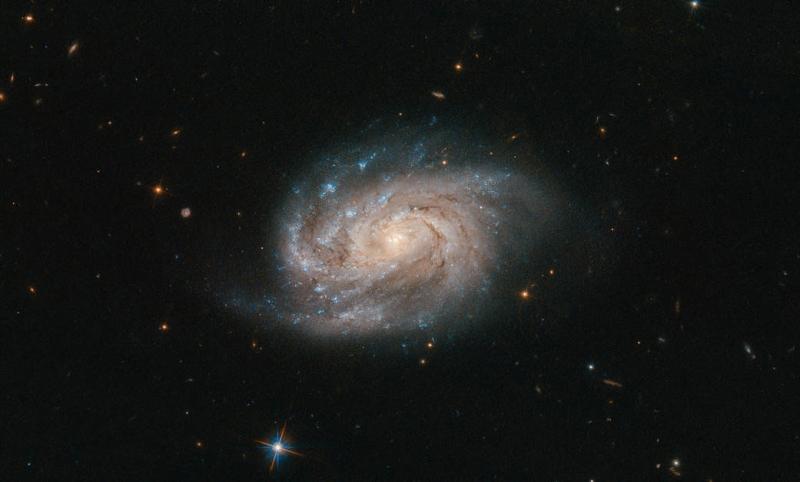 Photo of Вчені зафіксували загадковий сигнал з космосу