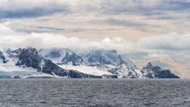 Photo of Теплі потоки повітря створюють величезні діри в льоду Антарктики