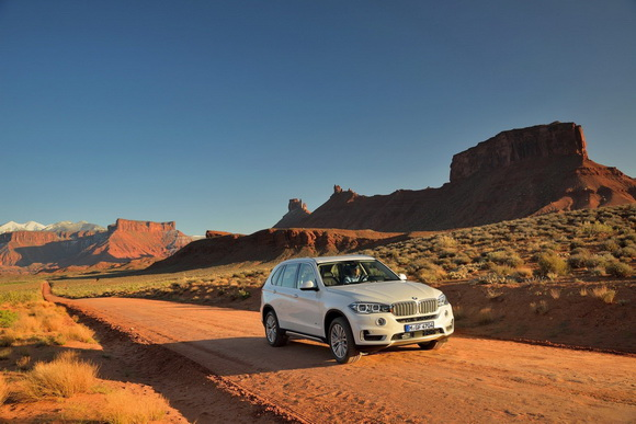 Новий 2014 BMW X5 (12)