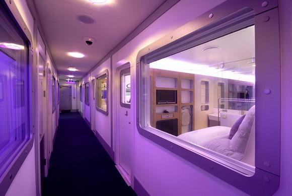 Огляд сучасних способів заснути в аеропорті (4)