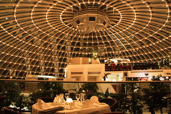 Самі незвичні готелі та ресторани (20)