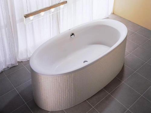 Як вибрати акрилову ванну01