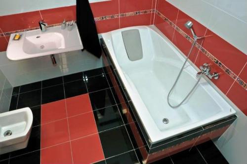 Як вибрати акрилову ванну02