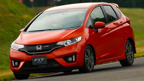 Гібридний Honda Fit Hybrid став автомобілем року в Японії (4)