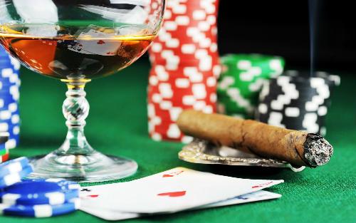 Цікаві факти про покер та покерні набори