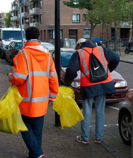 У Голландії алкоголікам платять зарплату пивом