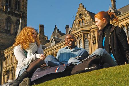 Чи можлива безкоштовна освіта за кордоном?