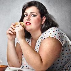 Огрядні жінки ризикують втратити слух