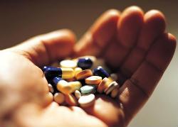 Експерти попереджають: вітаміни в таблетках - це марна трата грошей