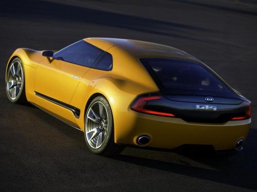 Kia GT4 Stinger02