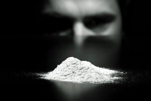 Вживання кокаїну робить людей соціопатами
