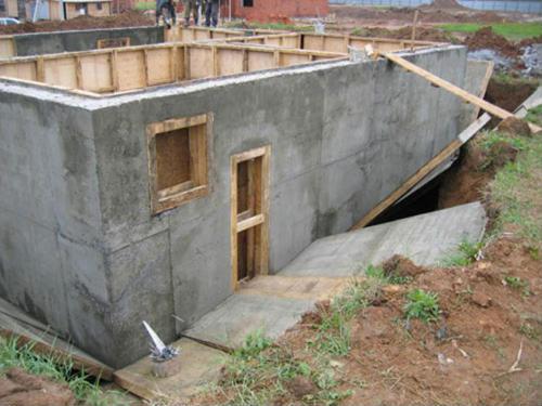 Будівництво будинку - який матеріал краще:газоблоки, дерево чи цегла (6)