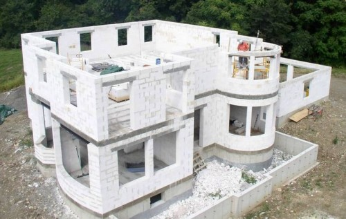 Будівництво будинку - який матеріал краще:газоблоки, дерево чи цегла (5)