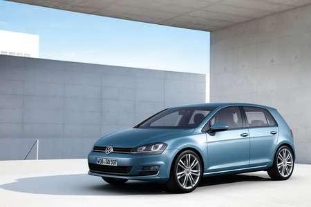 volkswagen-golf-plug-in-hybrid-5-101