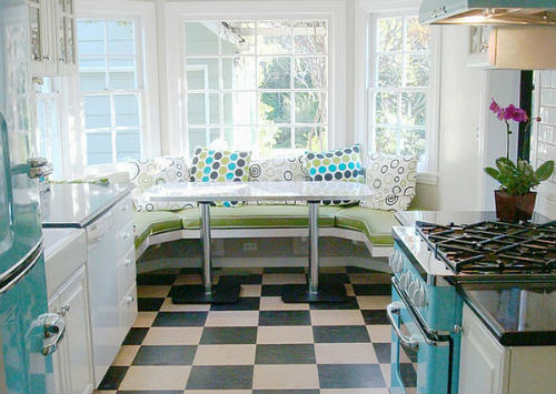 Retro-Kitchens-88_500