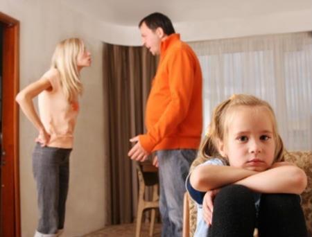 Сварки батьків негативно впливають на мозок дитини