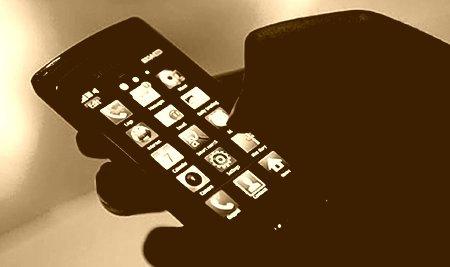 Програма для смартфонів виявить людей із залежністю від мобільних технологій