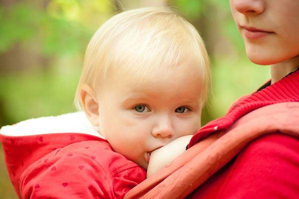 Як годування грудьми рятує дитячі життя і світову економіку