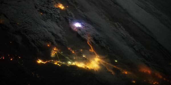 Гроза - вид з борту МКС (відео)