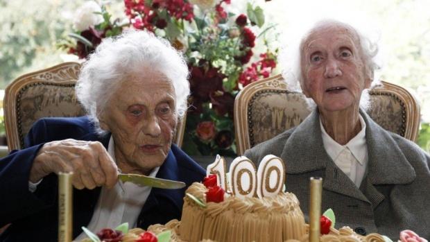Вчені розповіли, чому іспанці, італійці та французи живуть довше