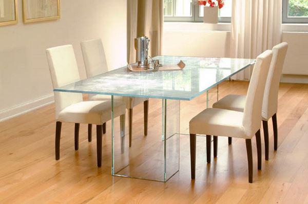 столы для гостинной