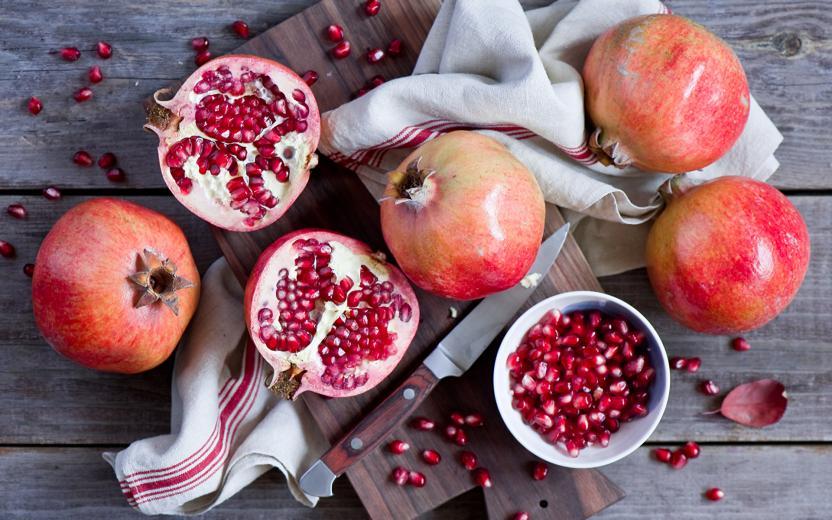 Гранат назвали лучшим фруктом для сосудов и сердца